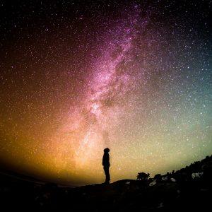 満天の星空と人間