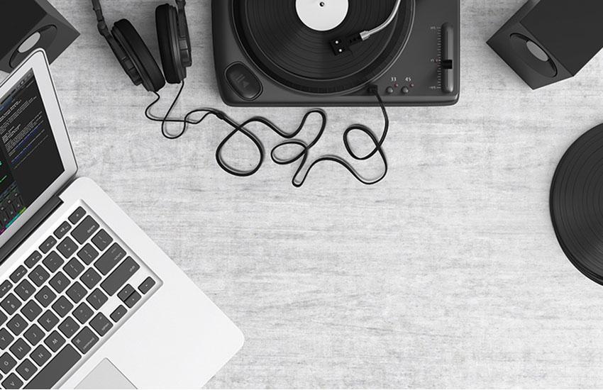 パソコンや音楽機器