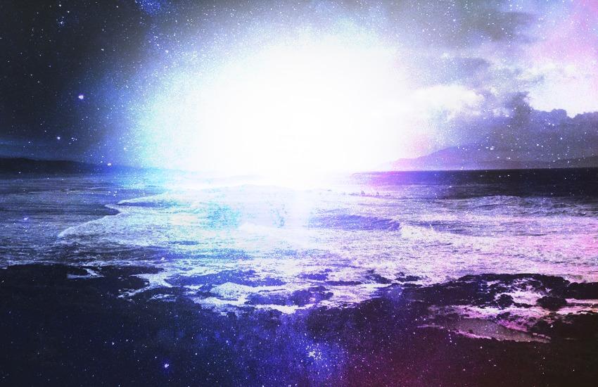光と混沌の海
